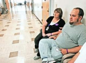 Mental health therapists Lori Hays and Brant Johnson supervise patients in Ward 48B at tOregon State Hospital. Johnson recently returned to work after being beaten by a patient.
