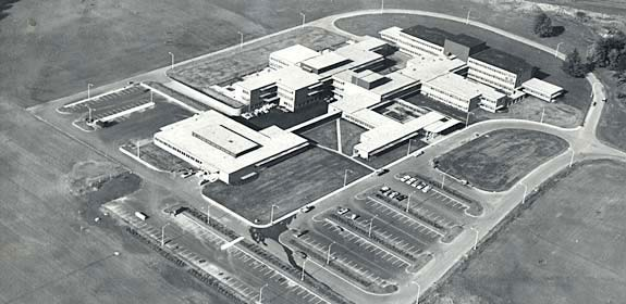 The new Dammasch State Hospital is shown in this 1960 aerial view.