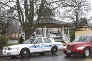 School was delayed and two houses were evacuated when Mt. Angel police learned a man had abandoned a suspicious package near the gazebo at Berchtold Memorial Park, according to officials.