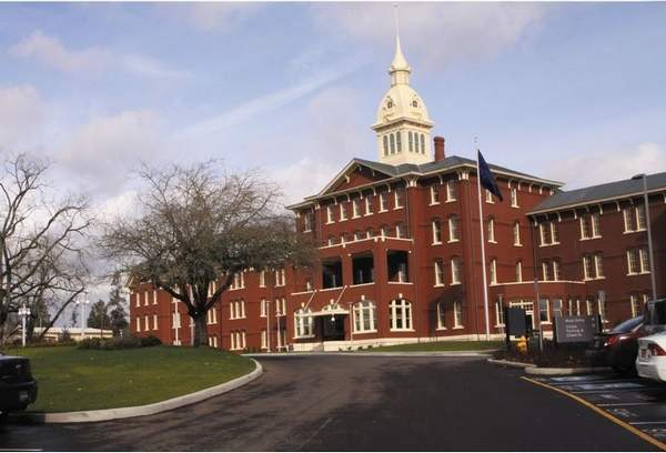 The Oregon State Hospital is having an open house today so that the public can view the new facility. The Kirkbride building with a restored cupola will open as a museum in the fall of 2012. (Diane Stevenson / Statesman Journal)