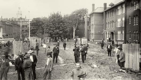 Oregon State Insane Asylum in about 1905