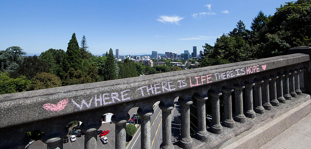 A 1926 photo of the Vista Bridge shows a hopeful message. (Image: Holly Hayes/Flickr.com)