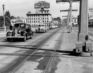 Bridgeport Hotel from the Burnside Bridge, 1940