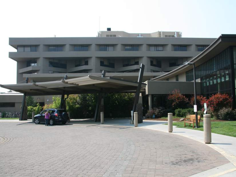 St. Charles Medical Center